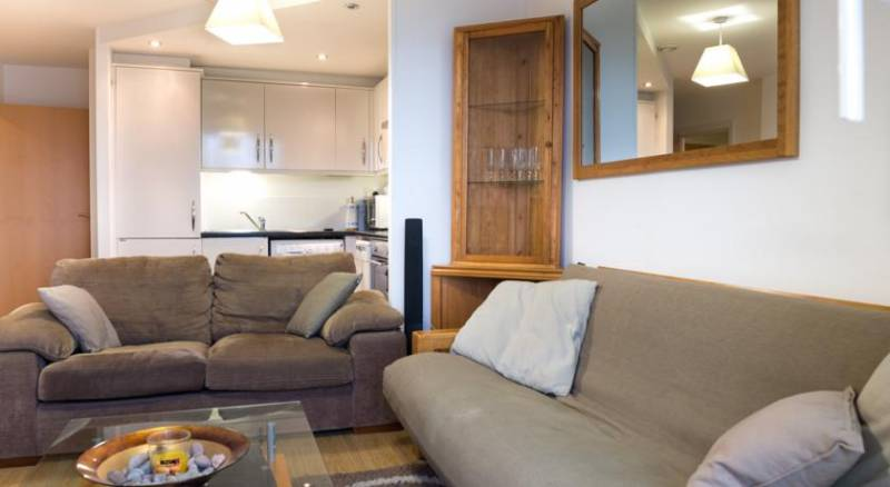 853-cosy-apartment-near-excel-centre--1448151414.jpg