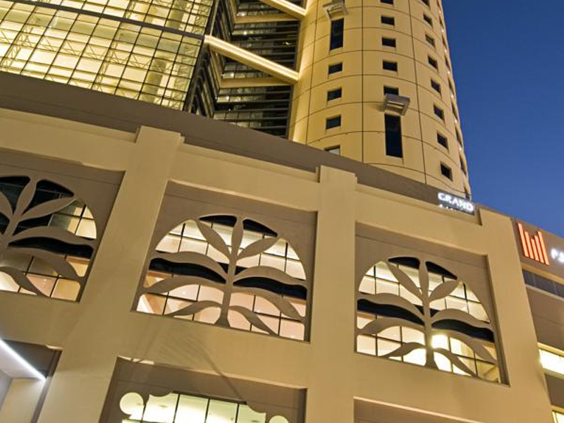 Grand Millennium Al Wahda Hotel Apartment
